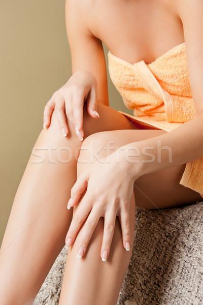 Femminile mani gambe spa salone primo piano Foto d'archivio © dolgachov