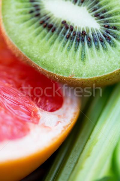 Maduro kiwi pomelo rebanadas dieta Foto stock © dolgachov