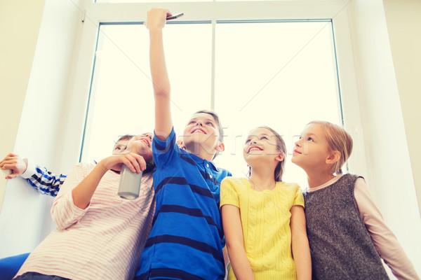 Grup okul çocuklar eğitim Stok fotoğraf © dolgachov