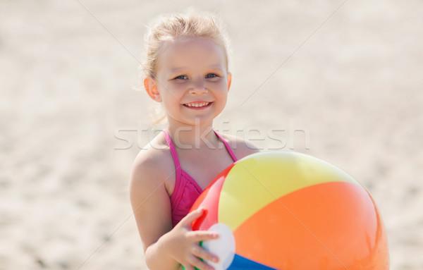 Foto stock: Feliz · nina · jugando · inflable · pelota · playa