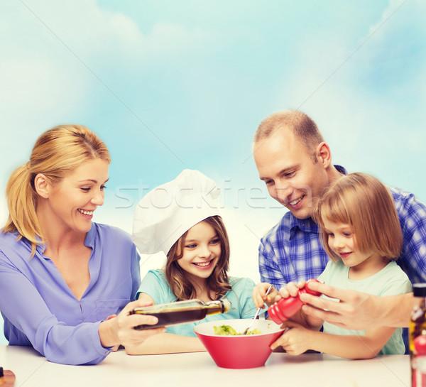 Stok fotoğraf: Mutlu · aile · iki · çocuklar · yeme · ev · gıda
