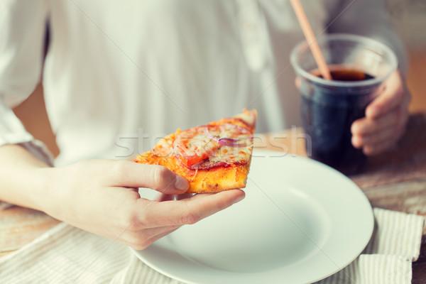 Kadın pizza kola içmek fast-food Stok fotoğraf © dolgachov