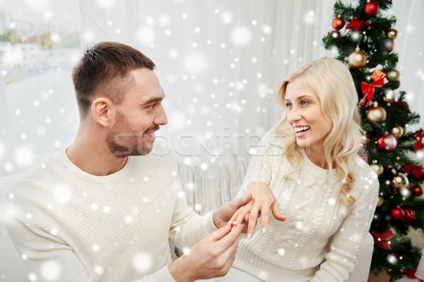 男 婚約指輪 女性 クリスマス 愛 カップル ストックフォト © dolgachov