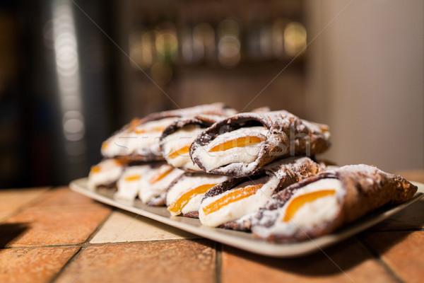Sütemény tányér pékség étel főzés sütés Stock fotó © dolgachov