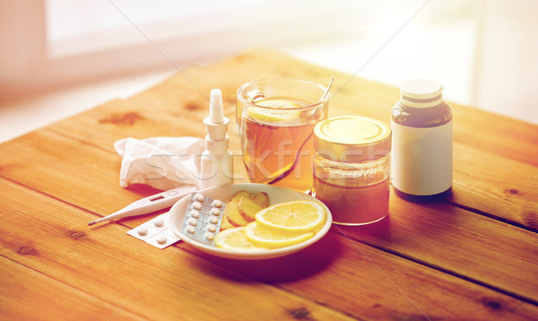 Photo stock: Médicaments · thermomètre · miel · tasse · thé · bois