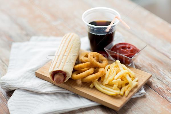 Fast-food içmek tablo sağlıksız beslenme Stok fotoğraf © dolgachov