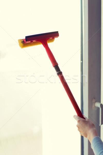Foto stock: Mão · limpeza · janela · esponja · pessoas