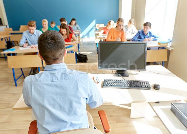 Сток-фото: студентов · учитель · ПК · компьютер · школы · образование