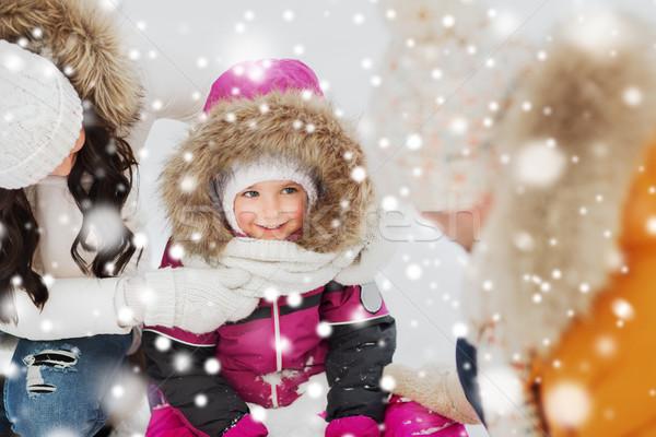 Stockfoto: Gelukkig · gezin · kind · winter · kleding · buitenshuis