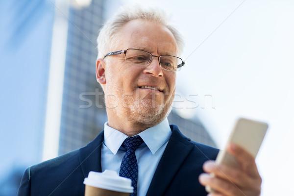 ビジネスマン スマートフォン コーヒー 市 ビジネス 技術 ストックフォト © dolgachov