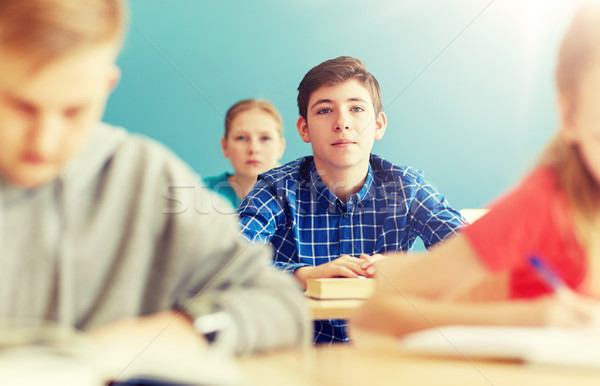 Gruppo studenti scuola lezione istruzione Foto d'archivio © dolgachov