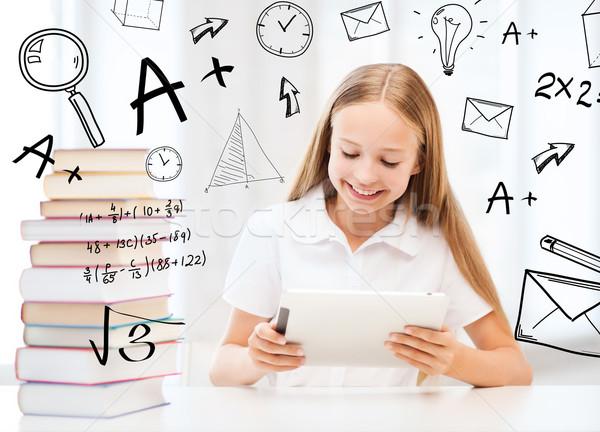 Stock fotó: Lány · táblagép · könyvek · iskola · oktatás · technológia