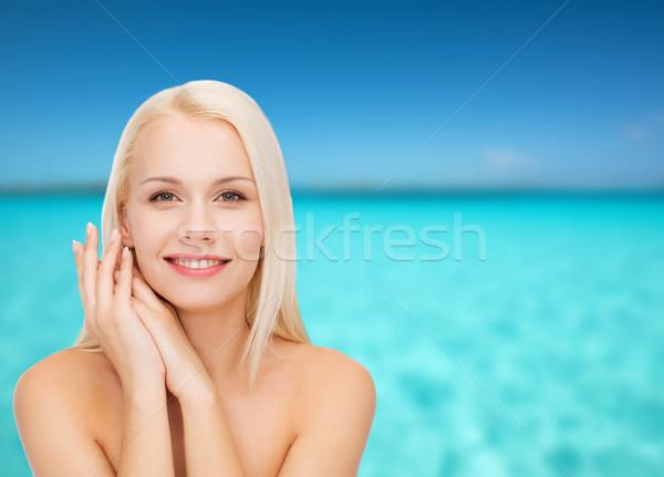 Cara manos feliz mujer salud belleza Foto stock © dolgachov