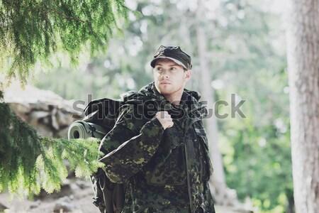 Młodych żołnierz hunter pistolet lasu polowanie Zdjęcia stock © dolgachov