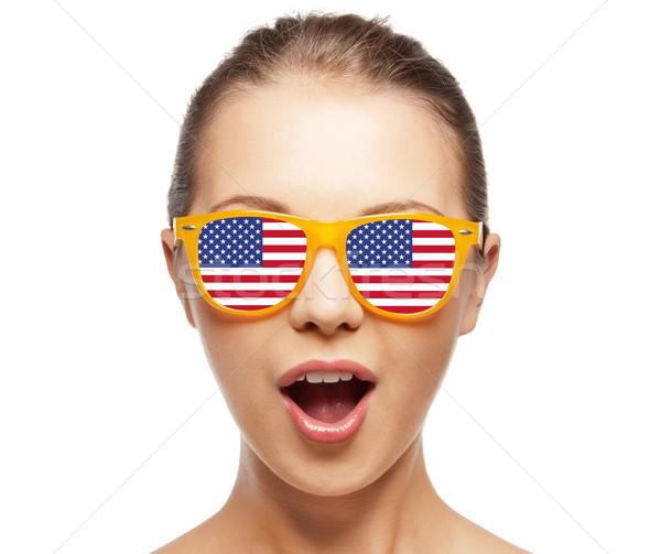 Heureux adolescente drapeau américain personnes fierté jour Photo stock © dolgachov