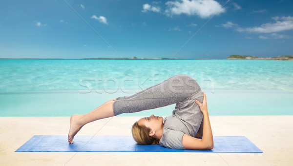 Femme yoga posent fitness sport Photo stock © dolgachov