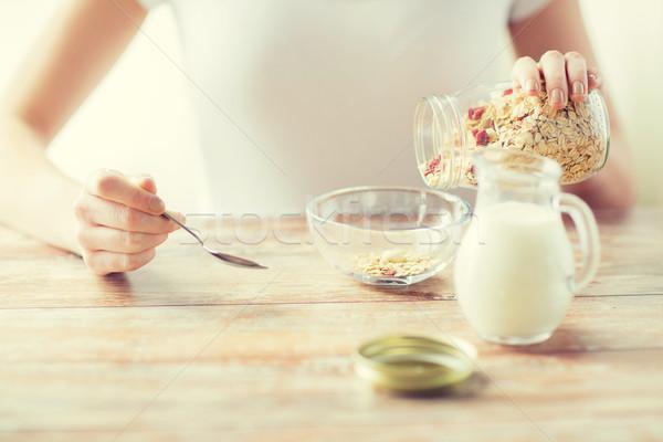 女性 食べ ミューズリー 朝食 食品 ストックフォト © dolgachov