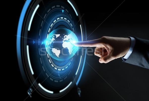 Stock fotó: Kéz · mutat · ujj · virtuális · Föld · vetítés