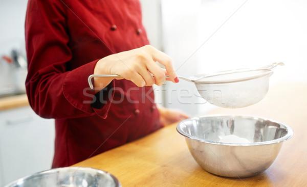 şef un çanak pişirme gıda Stok fotoğraf © dolgachov