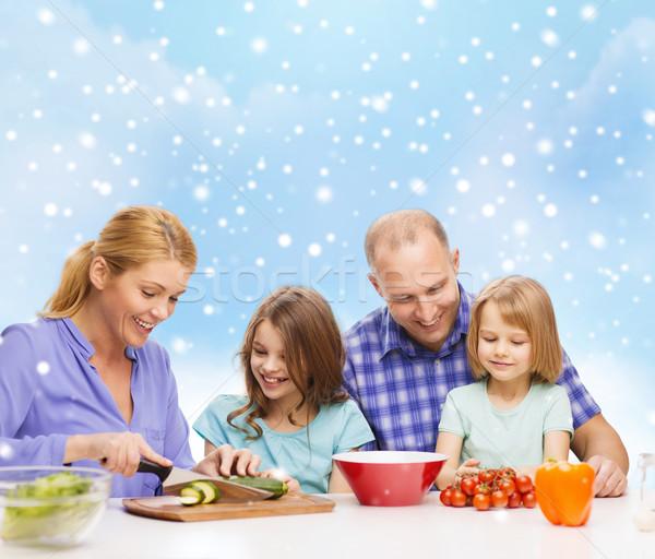 Stok fotoğraf: Mutlu · aile · iki · çocuklar · akşam · yemeği · ev