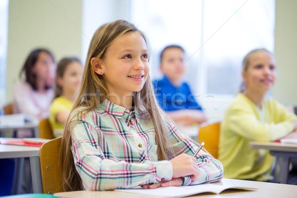 Grupy szkoły dzieci notebooki klasie edukacji Zdjęcia stock © dolgachov