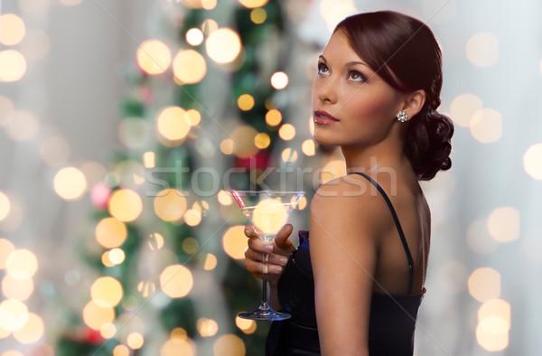 Stok fotoğraf: Kadın · kokteyl · noel · ağacı · ışıklar · parti · içecekler