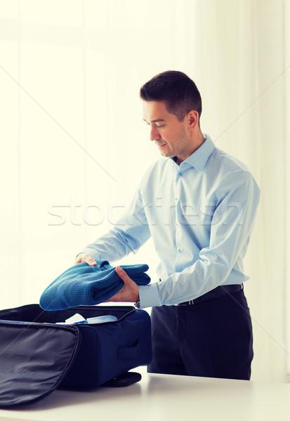 Empresário roupa viajar saco viagem de negócios Foto stock © dolgachov