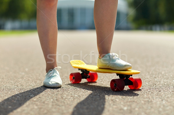 女性 フィート ライディング 短い スケート ストックフォト © dolgachov