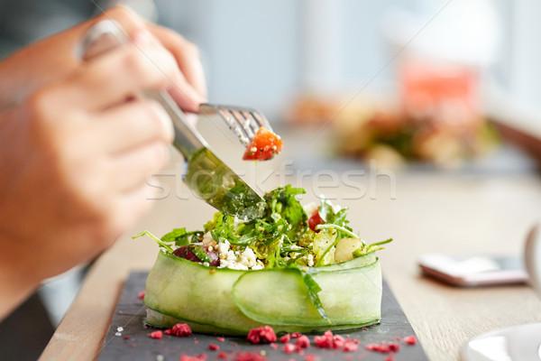 Nő eszik túró saláta éttermi étel gasztronómiai Stock fotó © dolgachov