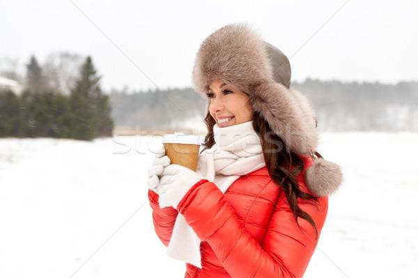 Gelukkig vrouw winter bont hoed koffie Stockfoto © dolgachov