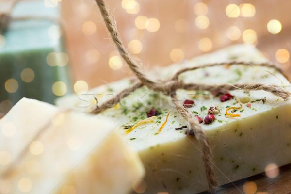 Wykonany ręcznie mydło bary drewna Zdjęcia stock © dolgachov