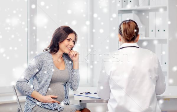 Ginecologista médico mulher grávida hospital gravidez inverno Foto stock © dolgachov