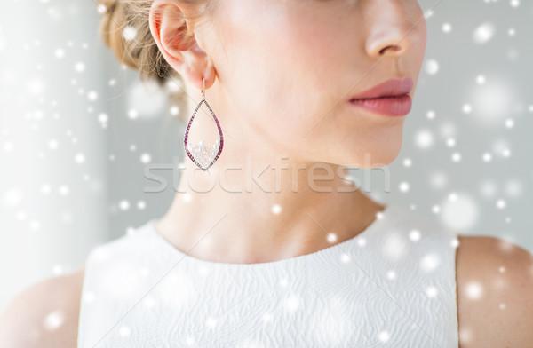 Belle femme visage boucle Noël vacances Photo stock © dolgachov