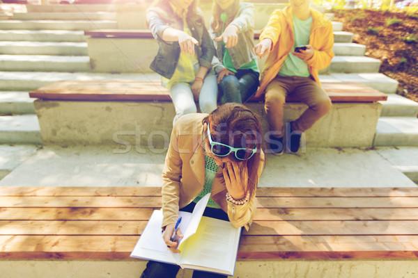 Diák lány szenvedés osztálytársak oktatás megfélemlítés Stock fotó © dolgachov