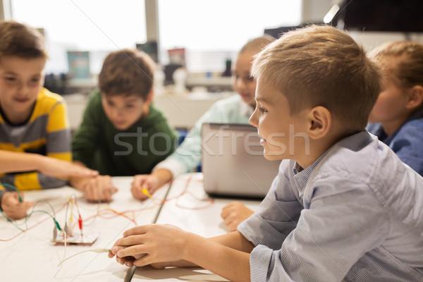 Kinder Erfindung Robotik Schule Bildung Stock foto © dolgachov