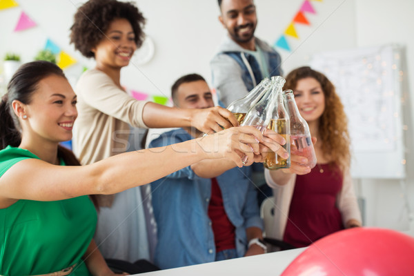 счастливым команда напитки служба вечеринка Сток-фото © dolgachov