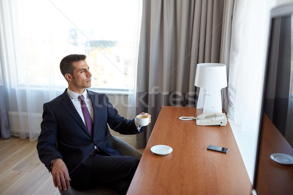 Stock fotó: üzletember · iszik · kávé · hotelszoba · üzleti · út · emberek