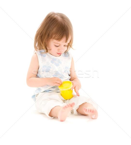 Stok fotoğraf: Küçük · kız · köpük · resim · sarı · beyaz · çocuk