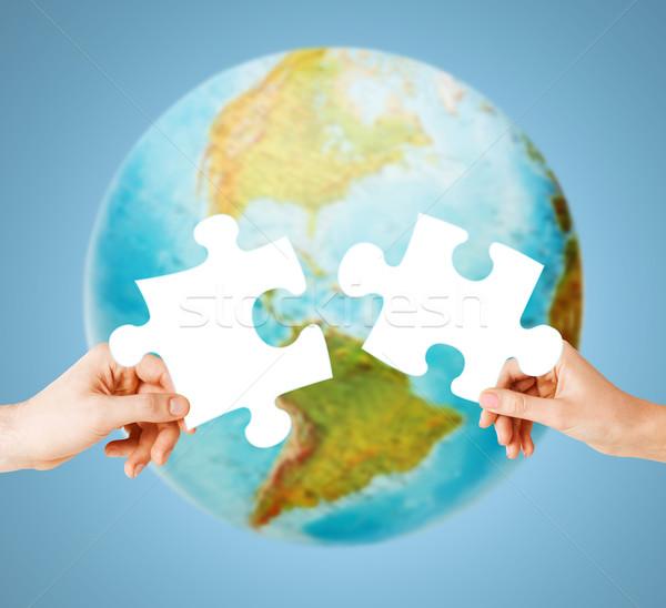 Stock fotó: Kezek · fehér · puzzle · Föld · földgömb · ökológia
