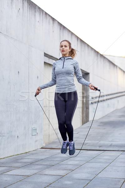 Nő testmozgás kint fitnessz sport emberek Stock fotó © dolgachov