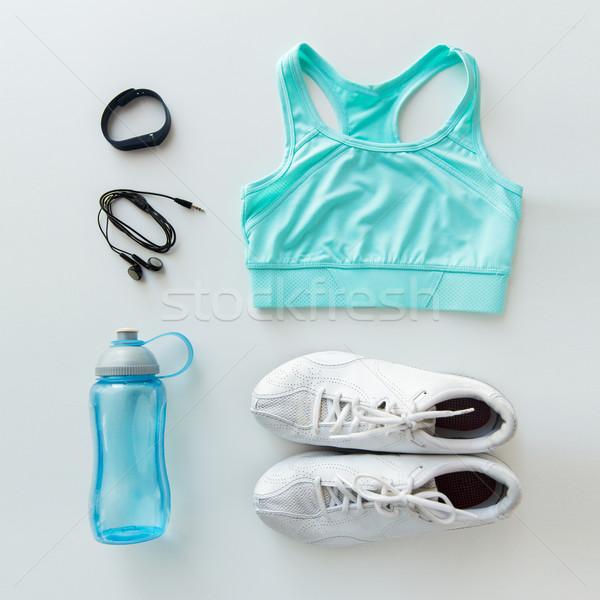 Sportruha karkötő fülhallgató üveg szett sport Stock fotó © dolgachov