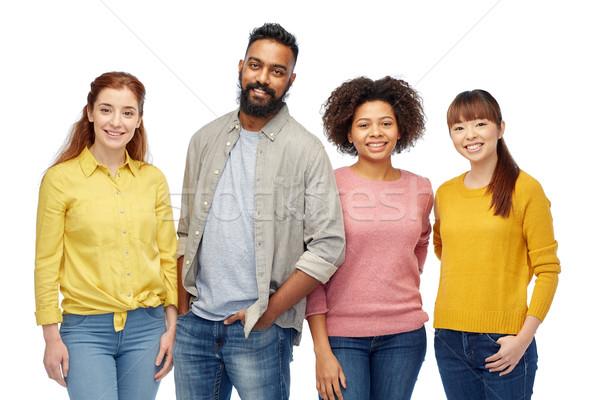 Internacional grupo feliz sonriendo personas diversidad Foto stock © dolgachov