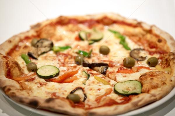 Pizza plaat pizzeria fast food italiaanse keuken Stockfoto © dolgachov