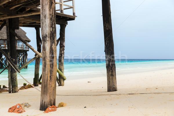 Házak trópusi üdülőhely tengerpart utazás turizmus Stock fotó © dolgachov