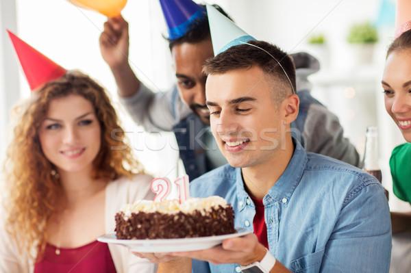человека именинный торт команда служба вечеринка корпоративного Сток-фото © dolgachov