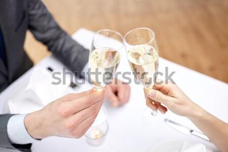 Lesbiche Coppia champagne occhiali persone Foto d'archivio © dolgachov