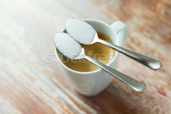 Közelkép fehér cukor teáskanál kávéscsésze cukorbetegség Stock fotó © dolgachov
