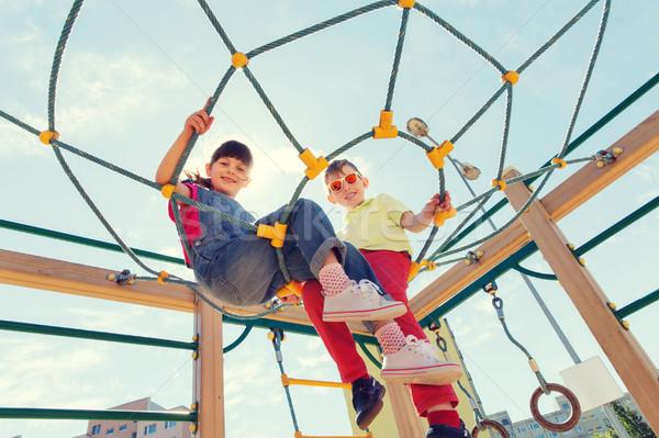 Groupe heureux enfants enfants aire de jeux été Photo stock © dolgachov