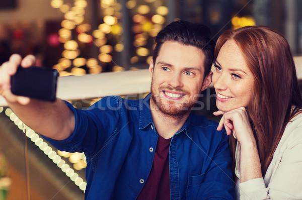 Stockfoto: Paar · smartphone · restaurant · recreatie · technologie