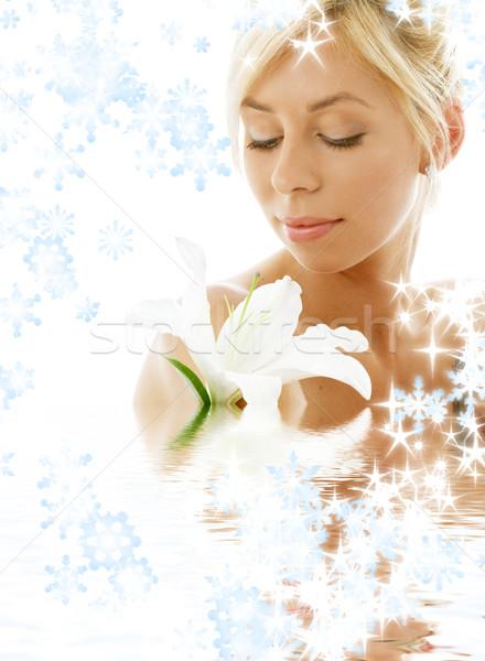 Lelie blond water sneeuwvlokken mooie dame Stockfoto © dolgachov